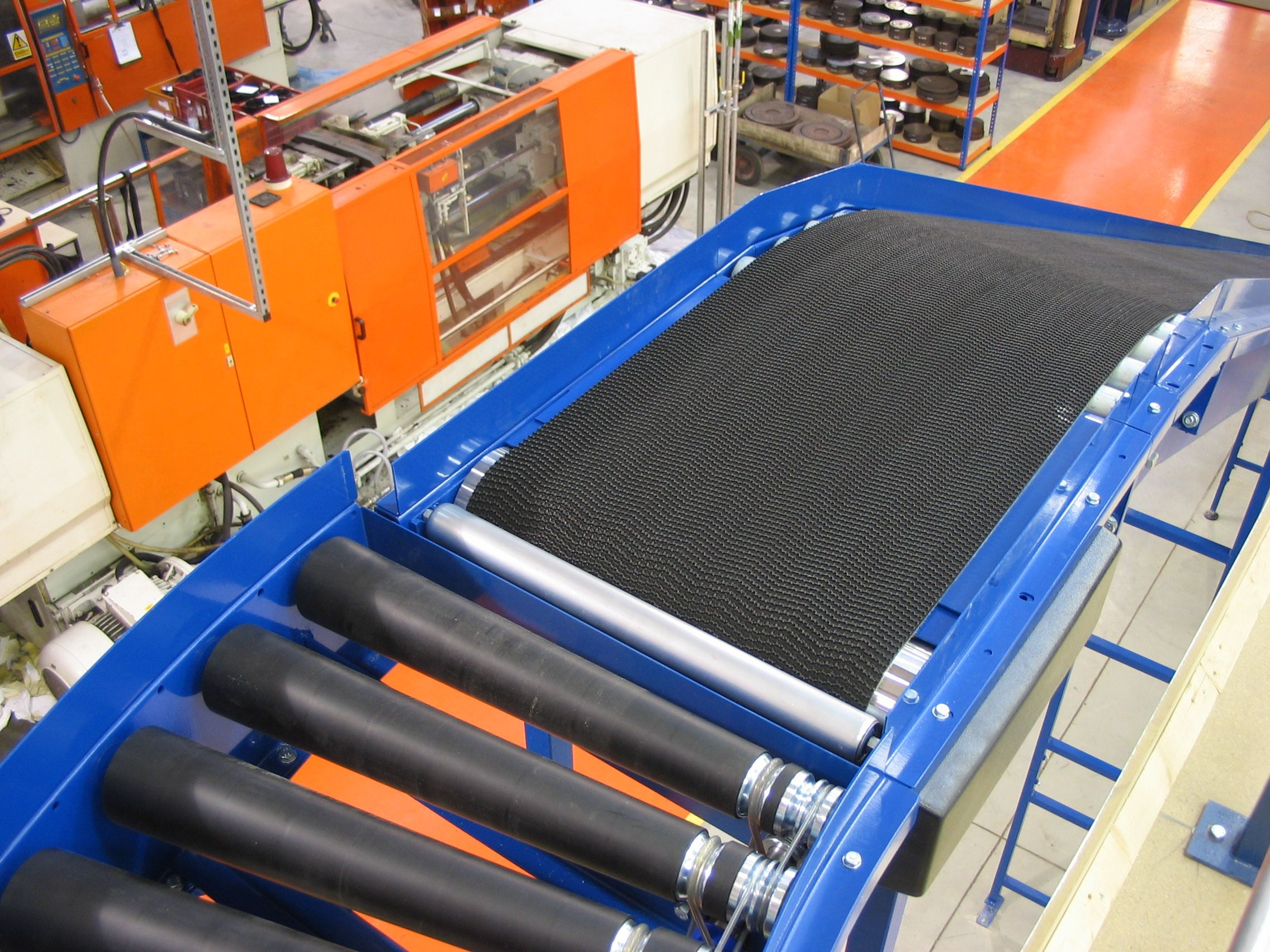 Inter-floor Conveyors for Mezzanine Floors